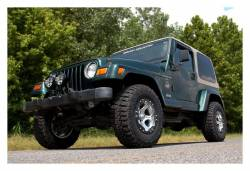 """Rough Country Suspension Systems - Rough Country 652.20 2.5"""" Suspension Lift Kit - Image 3"""